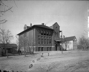 Bromwell School as it appeared in the 1930s. Image courtesy Stephen H. Hart Library & Research Center, History Colorado